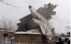Un avion turc s'écrase sur des maisons au Kirghizstan: au moins 32 morts