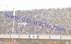 52e anniversaire et prestation de serment de Barrow : Les Gambiens prennent d'assaut le stade de Bakau (IMAGES)