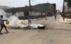Des affrontements entre forces de l'ordre et manifestants : La situation dégénère à Colobane.