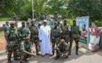 Mission de paix et de sécurité : Le président Macky Sall rend visite aux 625 militaires sénégalais déployés en terre Gambienne