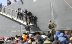 Libye : 135 migrants secourus par un pétrolier en haute mer (vidéo)