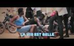 Wally Ballago Seck - La vie est belle (Hommage à Papa Wemba)