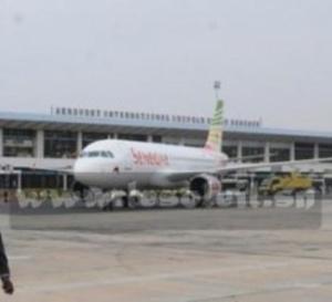 La foudre s'abat sur la piste d'atterrissage de l'Aéroport de Conakry : Un avion d'Air France contraint d'atterrir à Dakar avec ses passagers