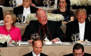 Clinton et Trump dînent ensemble, plaisanteries et autodérision au menu
