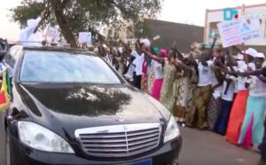 [VIDEO] Accueil chaleureux du président de la République à Touba