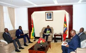 Le Ministre Mankeur Ndiaye reçu par le président du Mozambique avec Pr Abdoulaye Bathily.
