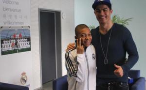 Quand Mbappé (14 ans) rencontrait son idole Ronaldo