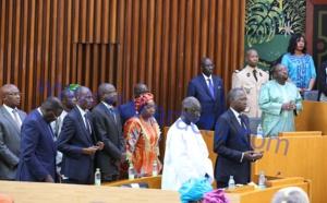 Les images du face-à-face entre le Gouvernement et les Députés à l'Assemblée nationale