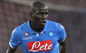 Naples : Kalidou Koulibaly marque contre la Fiorentina (Naples 4-1 Fiorentina)