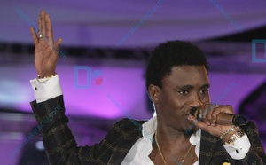 "Soirée ""OK AFRICA"" : Wally Ballago Seck explose l'esplanade du Grand Théâtre (IMAGES)"