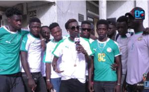 Victoire du Sénégal sur la Pologne : Le chanteur Elage Keita manifeste sa joie dans les rues de la Médina