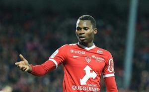 Ligue 1 Française / Metz : Habib Diallo se fait expulser contre Lyon, suite à un mauvais geste...