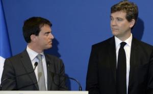 FRANCE/ Suite � des voix discordantes, Manuel Valls pr�sente la d�mission de son gouvernement