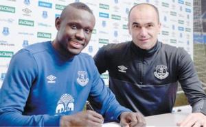 Baye Oumar Niasse : Après 142 mn jouées, Everton n'en veut plus…