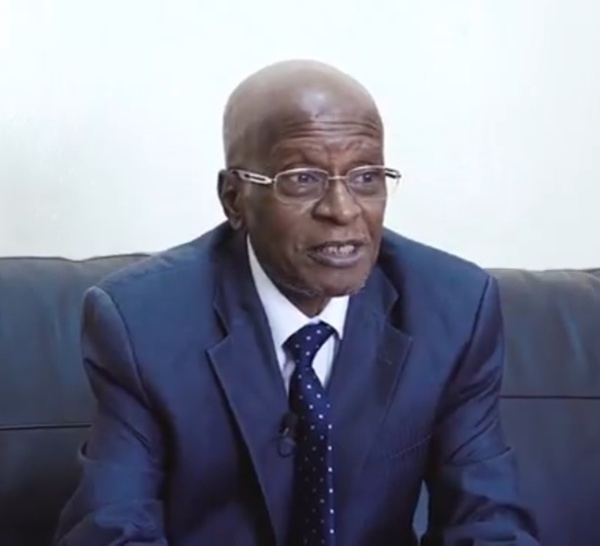 """Pr Hamidou Dia, conseiller spécial du Président de la République : """" Macky Sall  n'est pas un Dieu ni un demi Dieu, c'est un homme qui mène sa barque pour l'émergence du Sénégal """""""