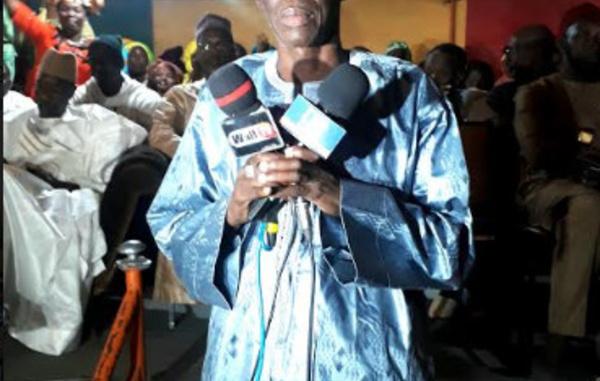Meeting de ralliement : Ousmane Ndiaye Sall, leader du groupement des chauffeurs de Louga rejoint le navire de Dolly Macky