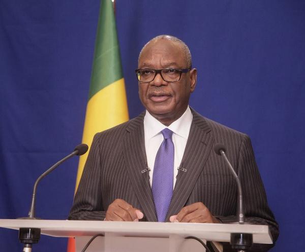 Mali : IBK accusé d'utiliser les chasseurs Dosos pour massacrer les Peuls