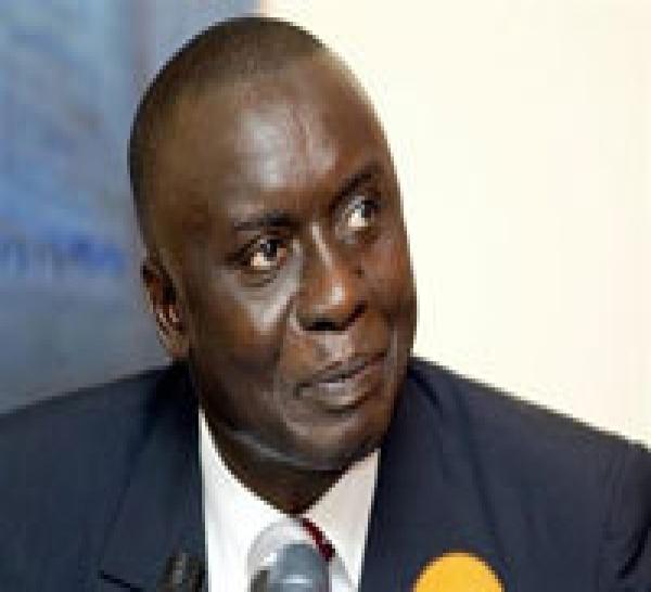 Depuis la France, Idrissa Seck parle du dialogue politique.