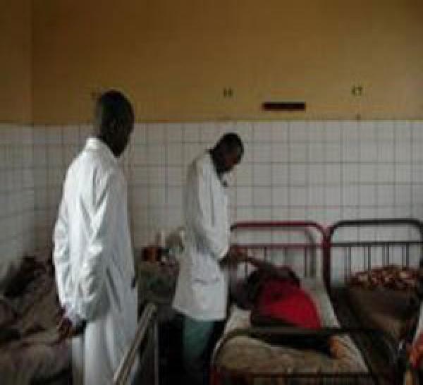 Quatre enfants meurent à cause de la grève du SUTSAS - SAS.