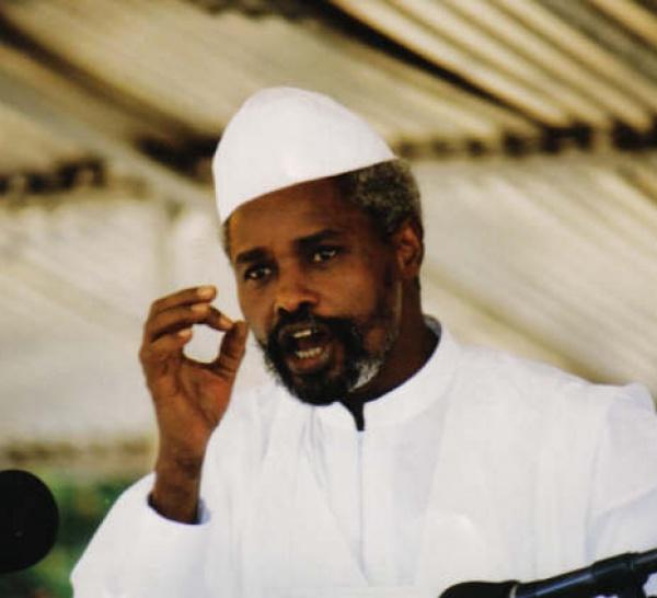 L'Etat du Sénégal décide d'extrader Hissène Habré vers le Tchad.