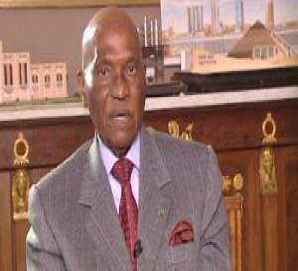 Mamadou Diouf répond à Wade : « Le Sénégal ne peut pas tomber dans le chaos. »