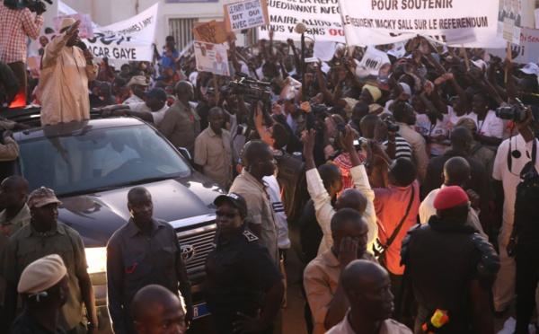 Images de l'accueil de Macky Sall à Guédiawaye