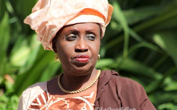 Me Nafissatou Diop Cissé à ses camarades, après la victoire du Oui : « Faisons en sorte que les Sénégalais adhèrent à tous les projets politiques du Président »