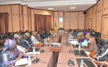 Manœuvres politiques : le Premier ministre reçoit les cadres de l'APR (CIA)