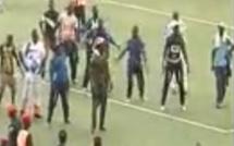 Vidéo : Le « Touss – Bakkou » de Siteu contre Sa Thiès, est en train d'exploser le stade
